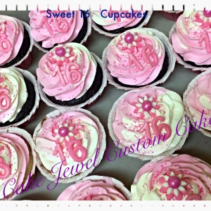 Sweet 16 pink and white cupcakes