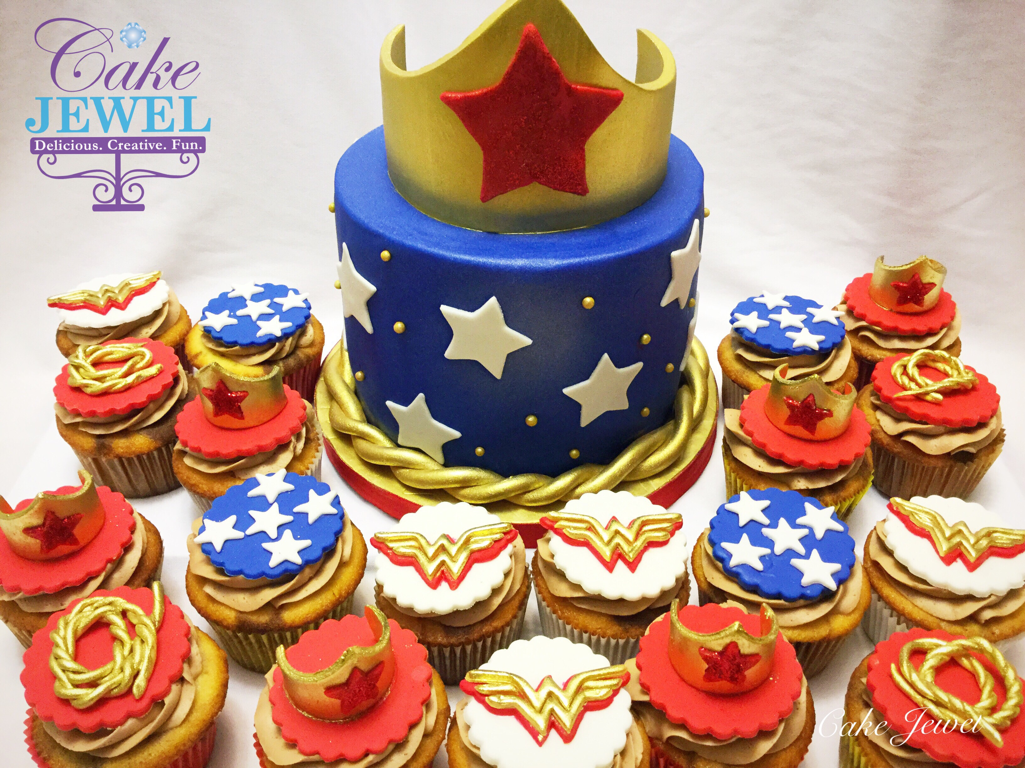 Wonder Woman Cake with Cupcakes
