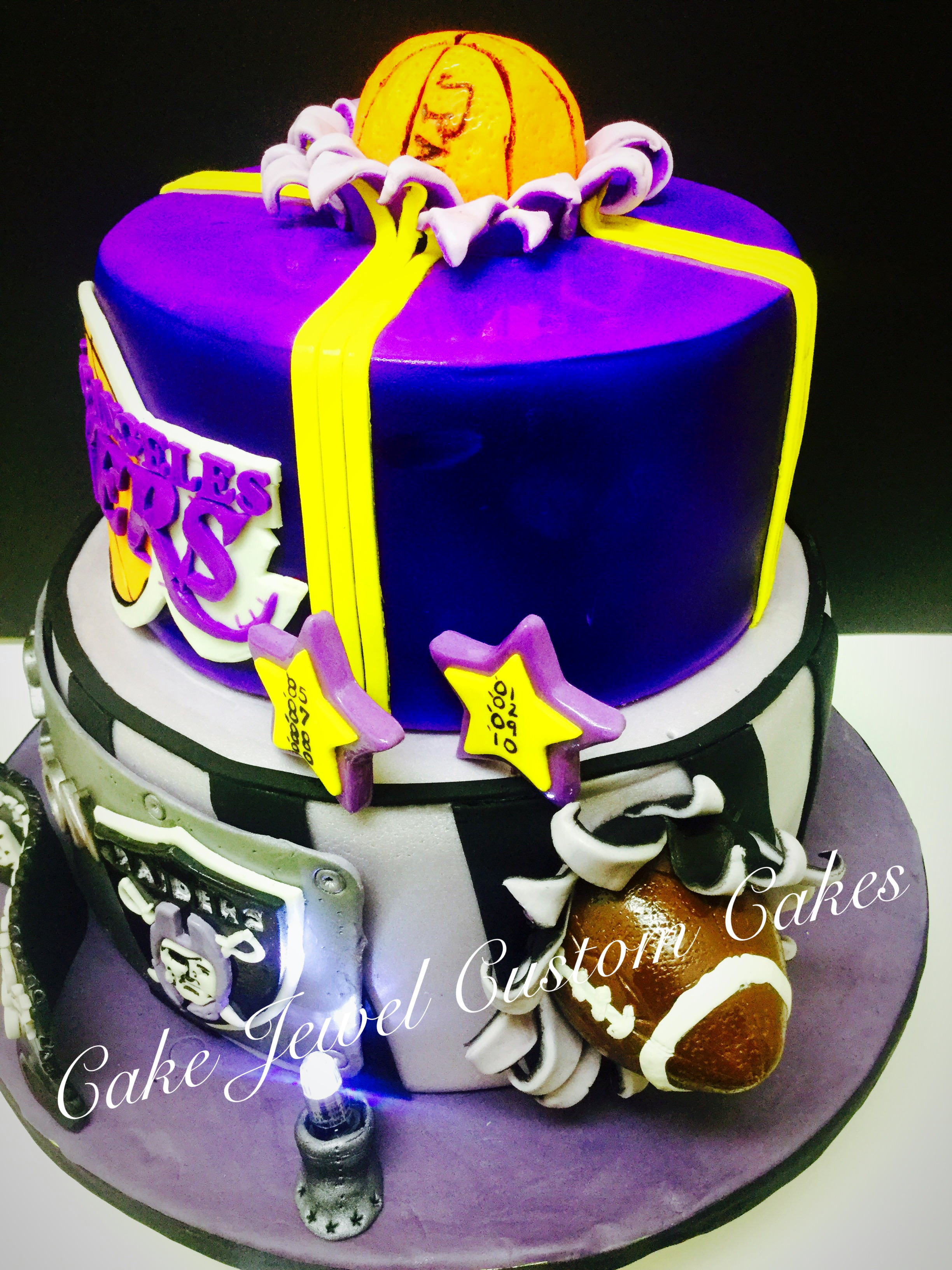 Lakers and Raiders Cake (side view)