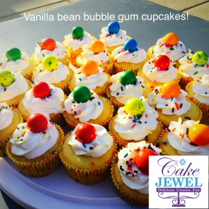 Vanilla bean bubble gum cupcakes