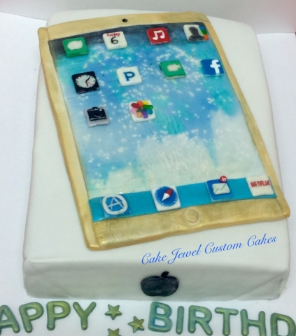 IPad and Box cake