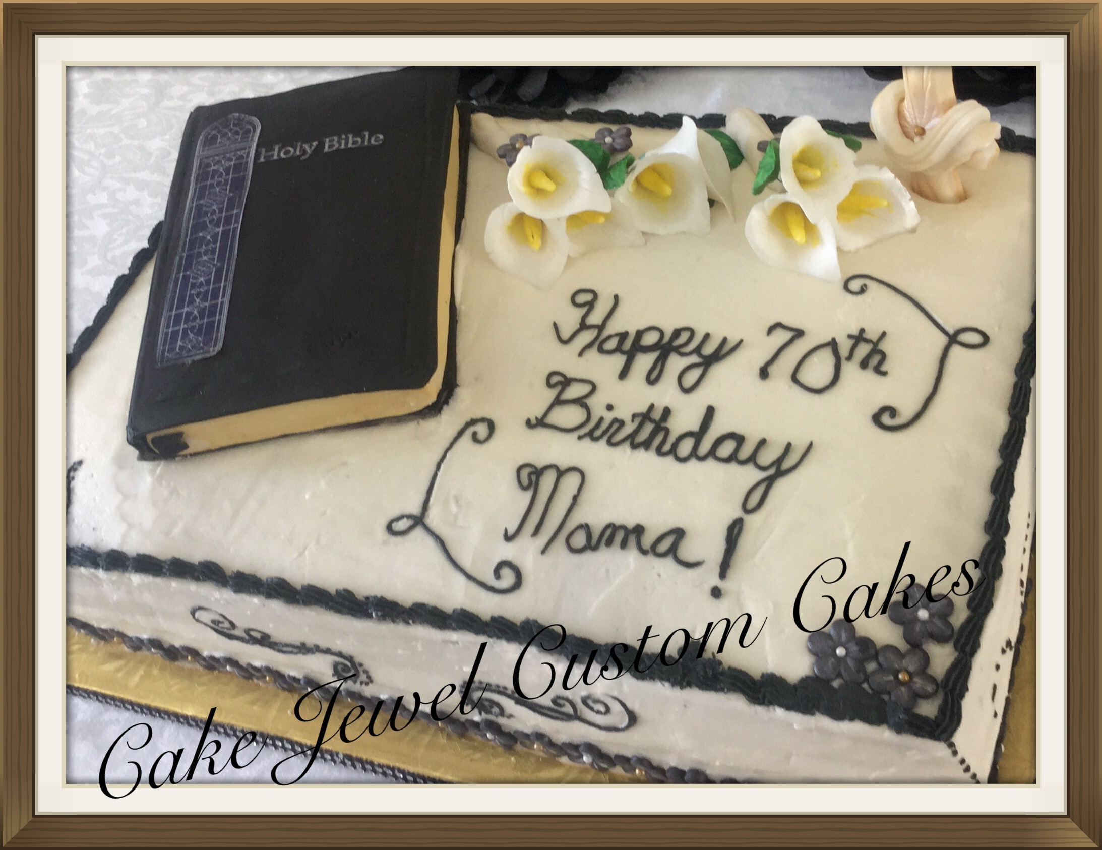 Bible and Callalilles cake